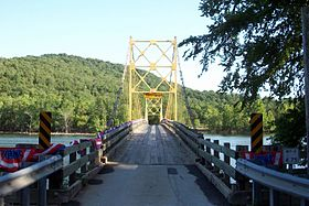 Beaver Bridge facing south in Beaver, AR 002.jpg