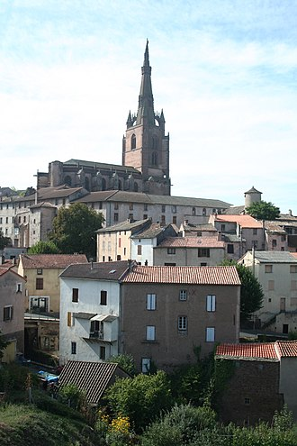 Belmont-sur-Rance - View of Belmont-sur-Rance with the Saint-Michel collegiate church