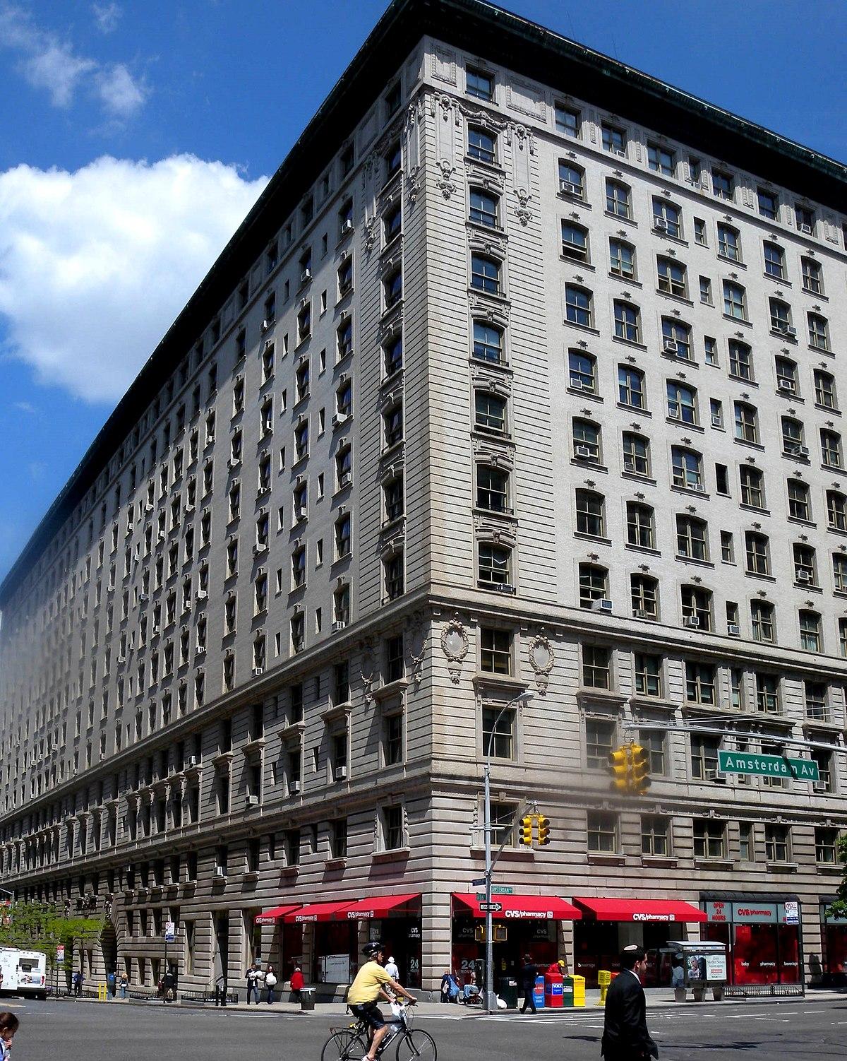 Renaissance West Apartments