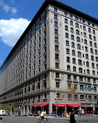 86th Street (Manhattan) - The Belnord, on the corner of Amsterdam