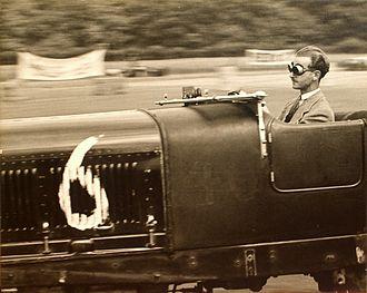 Pierre Maréchal - Maréchal racing his Bentley