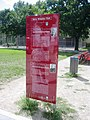 Berlin-Steglitz Harry-Bresslau-Park Infostele Bresslau und Treitschke.JPG