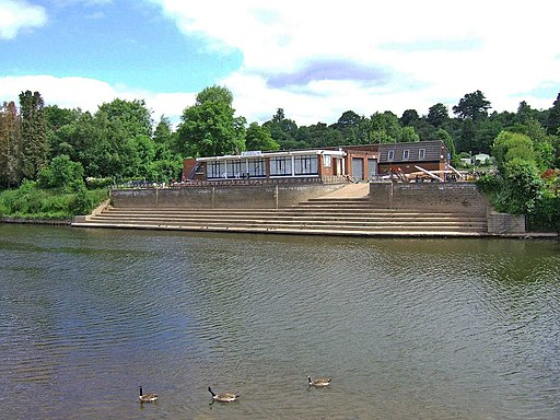 Bewdley Rowing Club by the River Severn - geograph.org.uk - 838671