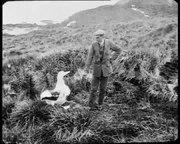 File:Bits & Pieces - BP348 - Sir Shackleton, UK - 1922 - EYE FLM7657 - OB104897.webm