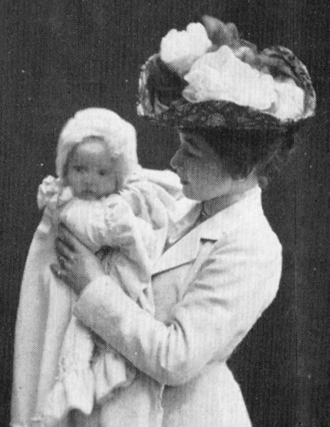 Harriet Bosse - Bosse with Anne-Marie, aged six months