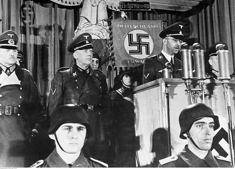 Bundesarchiv Bild 146-1987-128-10, Rede Heinrich Himmler vor Volkssturm
