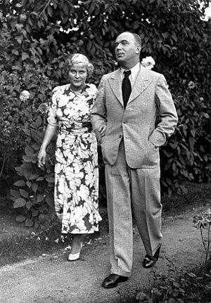Arthur Greiser - Greiser as Senate President in 1936 with his wife