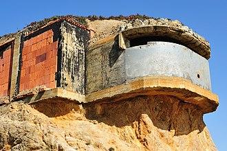 Devil's Slide (California) - An exposed base end station at Devil's Slide.