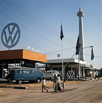 Automotive industry in Indonesia - Volkswagen advertising pavilion by the National Monument