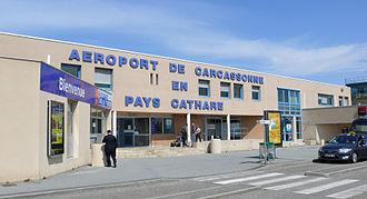 Carcassonne Airport - Image: Carcassonne aeroport Salveza 2