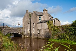 Carlow Graiguecullen Bridge House 2009 09 03.jpg