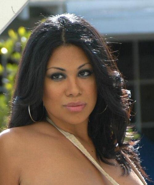 Cassandra Cruz Nude Photos 52