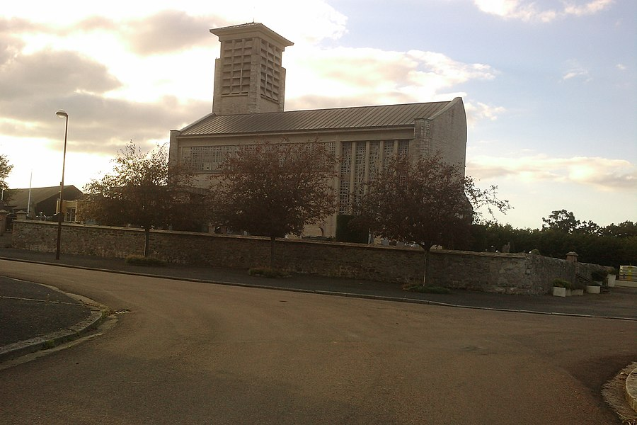 Église de fr:Cavigny
