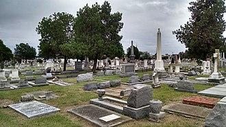 Cedar Grove Cemetery (Portsmouth, Virginia) - Image: Cedar Grove Cemetery 13Sep 2014