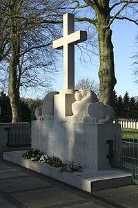 Cemetery Grebbeberg the Netherlands.jpg