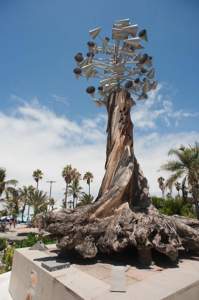 File cesar manrique sculpture on columbus avenue puerto - Cesar manrique wikipedia ...