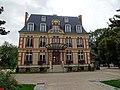 Château Saran, parc Heller, Antony 01.jpg