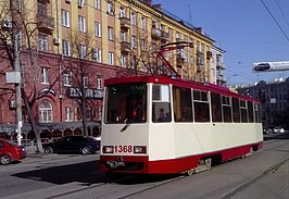 Chelyabinsk tram modernized 71-605 number 1368 left.jpg