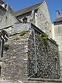 Cherbourg - Église de la Trinité - Ancienne fortification (2).JPG