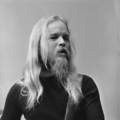 Chris Koerts (Earth & Fire) - TopPop 1973 1.png