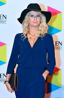 Christine Meltzer TV host and entertainer
