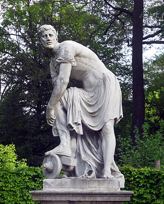 Lucius Quinctius Cincinnatus - The sculpture of Cincinnatus in Vienna's Schönbrunn Garden