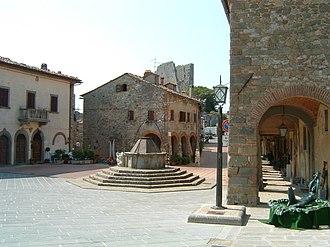 Civitella in Val di Chiana - Image: Civitella in Val di Chiana, piazza principale