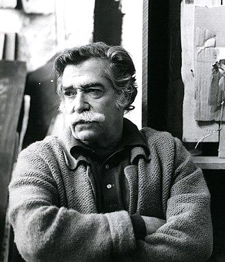 Antoni Clavé - Image: Clavé dans son atelier 1983