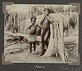 Collectie NMvWereldculturen, RV-A102-1-176, 'Op Panapi'. Foto- G.M. Versteeg, 1903-1904.jpg