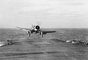 Corsair landing on HMS Illustrious (87) 1943.jpg