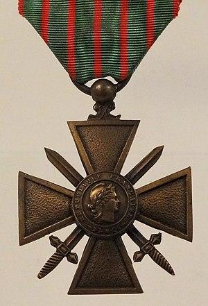 Croix de Guerre - Image: Croix De Guerre Francis Browne