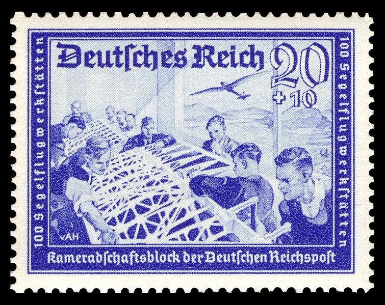 File:DR 1939 711 Reichspost 100 Segelflugwerkstätten.jpg