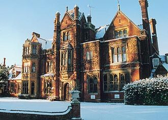 John Norton (architect) - Dalewood House in winter