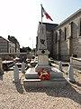Daubeuf-Serville (Seine-Mar.) monument aux morts.jpg