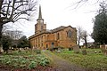 Daventry, Holy Cross Church and churchyard - geograph.org.uk - 1732818.jpg