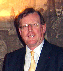 David Trimble at Lisburn Seed Group benefit, Hillsborough Castle, Christmas 2007 crop.jpg