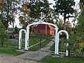 Degučiai, kapinių vartai.JPG