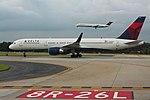 Delta N551NW Boeing 757-200 ATL June 2015 (43775828672).jpg