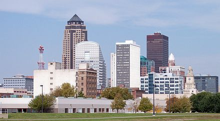 Skyline of Des Moines, Iowa's capital and largest city. Des Moines skyline.jpg