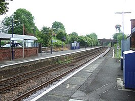 Dorking West Station - geograph.org.uk - 171648.jpg