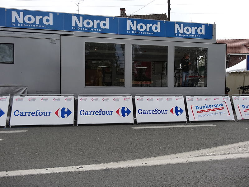 Reportage photographique réalisé le jeudi 2 mai 2013 à l'arrivée de la deuxième étape de l'édition 2013 des Quatre jours de Dunkerque à Douchy-les-Mines, Nord, Nord-Pas-de-Calais, France, dans le bassin minier du Nord-Pas-de-Calais.