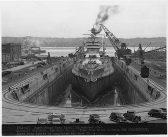 Puget Sound Naval Shipyard Historic District - Image: Dry Dock No. 4. View from North showing USS MISSISSIPPI, first ship docked in completed Dry Dock No. 4. NARA 299647