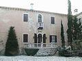 Duino - Cortile del Castello.JPG
