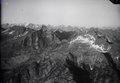 ETH-BIB-Blick ENE über die Tessiner Berge zum Rheinwaldhorn-LBS H1-009208.tif