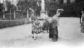 ETH-BIB-Tänzerinnen in den Rosengärten von Sevilla-Mittelmeerflug 1928-LBS MH02-04-0188.tif