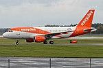 EasyJet Europe, OE-LQW, Airbus A319-111 (30335730067).jpg