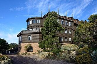 Charles Frederick Whittlesey - Image: El Tovar Hotel s aspect