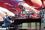 Elton John 2 (15570490951).jpg