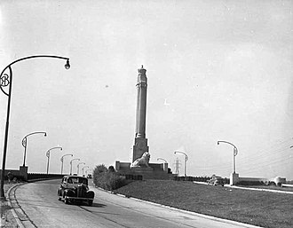 Queen Elizabeth Way - The Toronto entrance to the QEW and the Queen Elizabeth Way Monument in 1940. In 1974, the monument was removed. It was later reinstalled nearby in 1975.