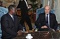 Entretien-du-ministre-m.alain-juppe-avec-le-ministre-de-l-interieur-du-niger-m.cisse-ousmane.jpg